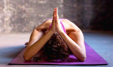 Йога для похудения, для начинающих в домашних условиях — проверенный способ.